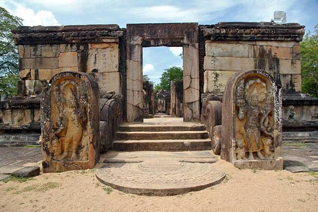 Ancient City of Polonnaruwa - Sri Lanka Cultural World Heritage