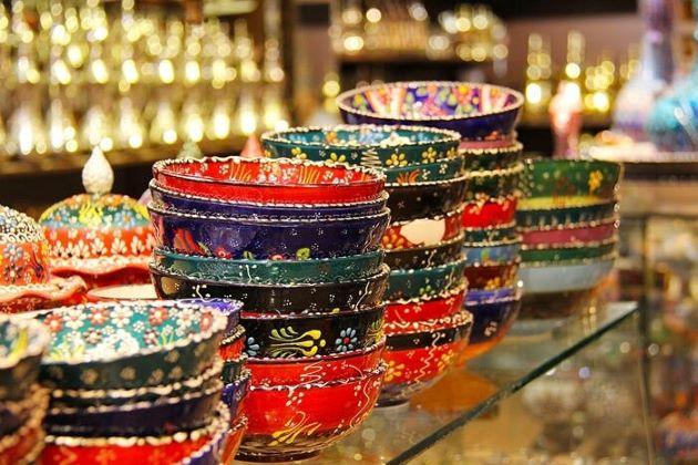 Bale Bazaar shopping in nuwara eliya