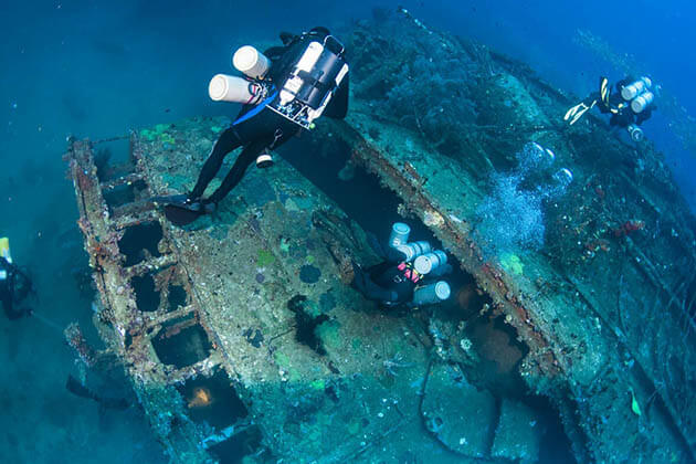 Deep-Sea Diving - best adventure tours in sri lanka