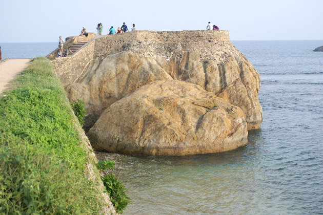 Flag Rock - best places to visit and stay in sri lanka