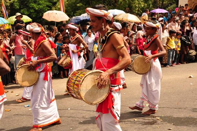 Kandy Esala Poya Perahera Festival