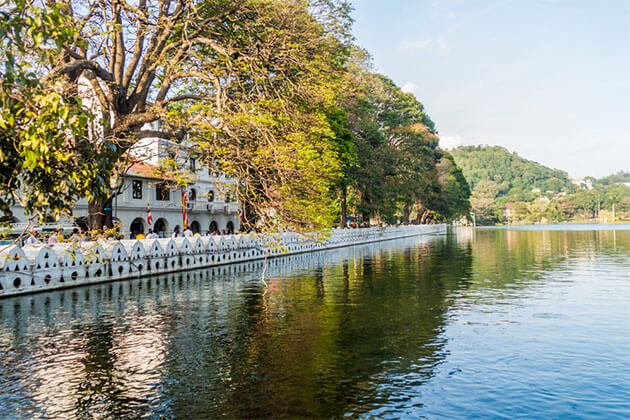 Kandy Lake Sri Lanka Romantic Honeymoon Tour 12 days