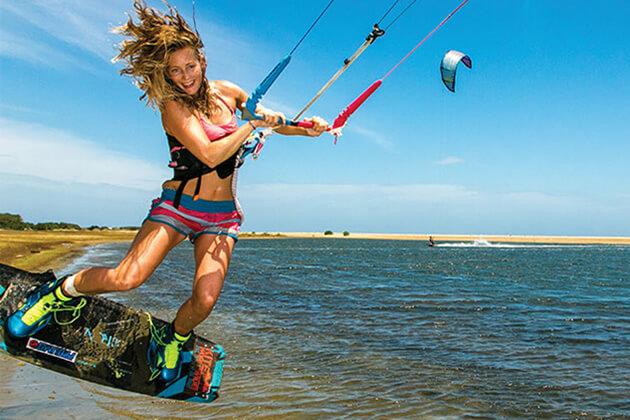 Kitesurfing - sri lanka adventure