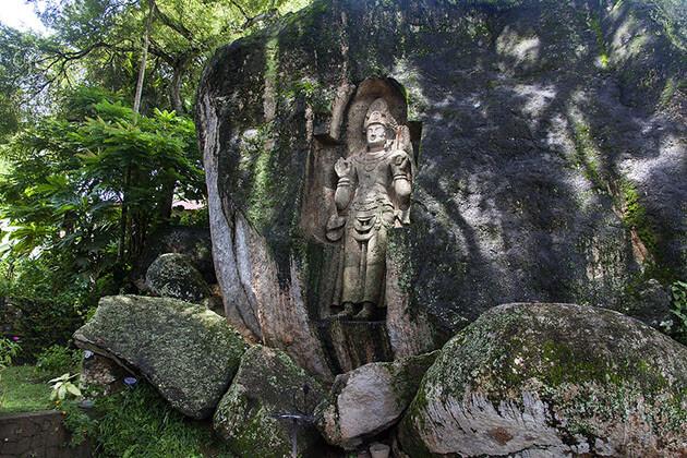 Kushta Rajagala statue - mirissa attractions
