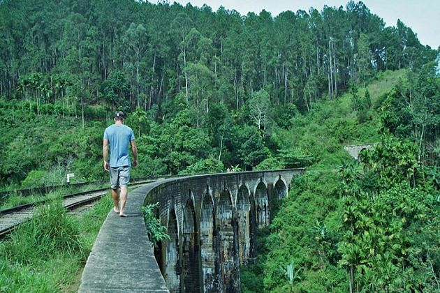 Nine Arch Bridge - attractions ella sri lanka