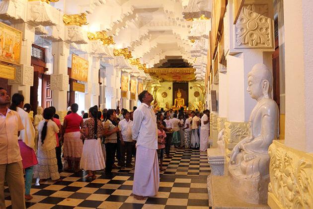 Sri Dalada Museum - top 10 places to go in sri lanka