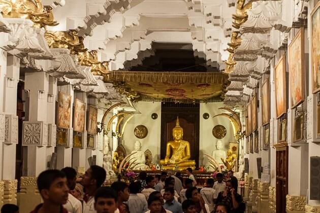 Temple of the Sacred Tooth Relic - kandy attractions
