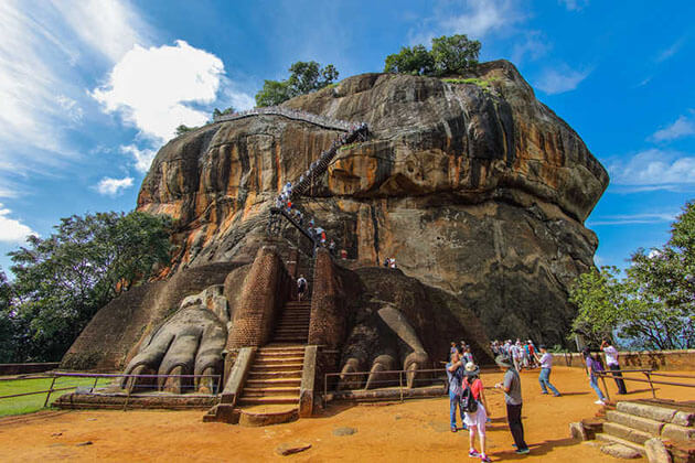sigiriya fortress - family tours in sri lanka